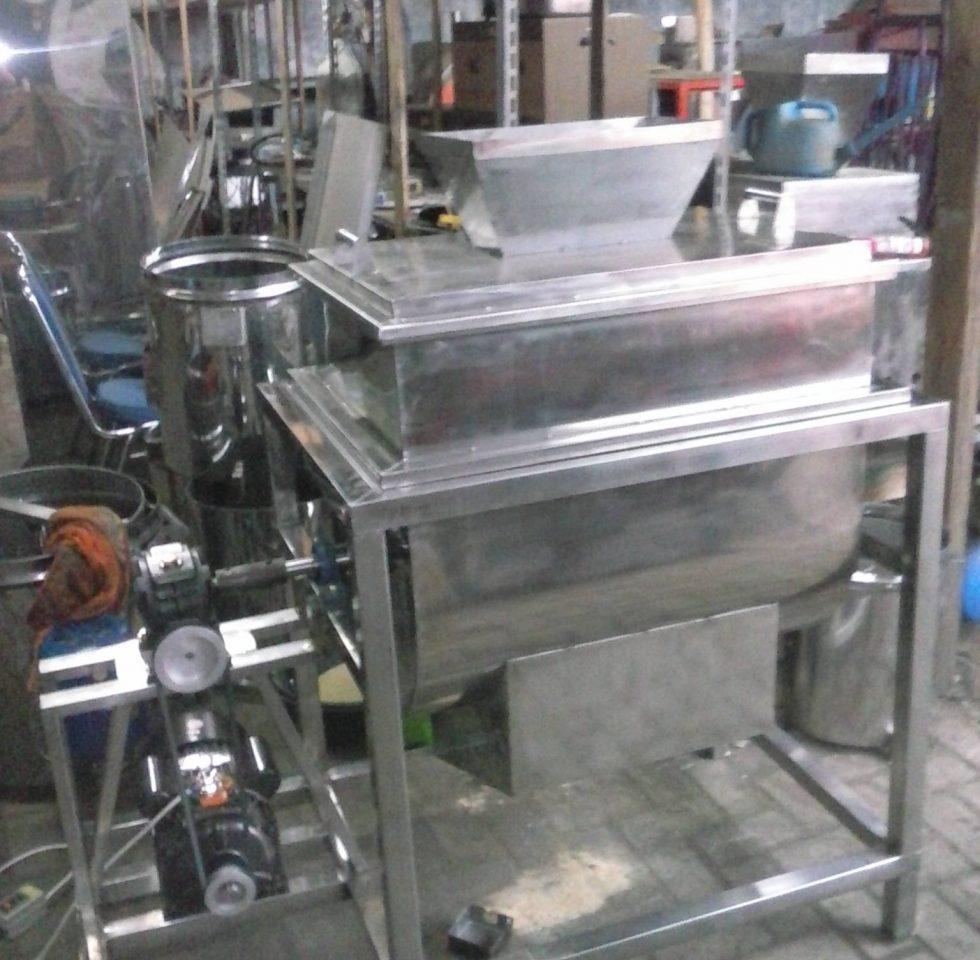 Mesin Mixer Ribbon Tepung Powder